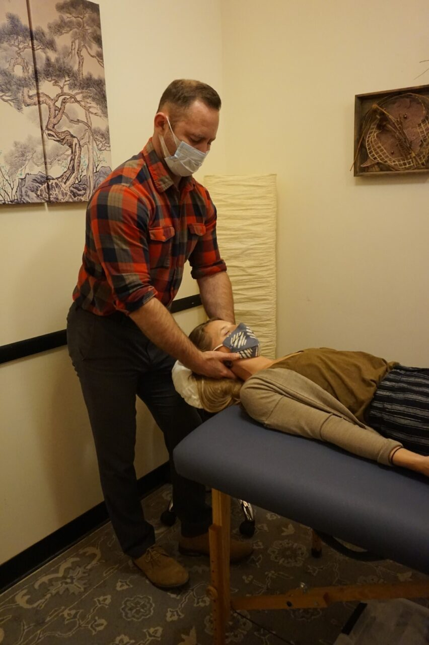 Dr Grady Nesbitt Manual Chiropractic Adjustment